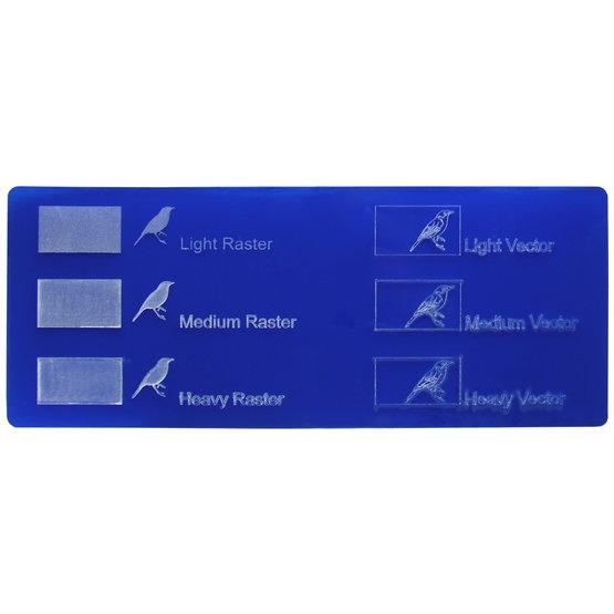 Esempio incisione - Plexiglass blu oltremare opalino per il taglio laser
