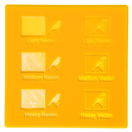 Exemple de gravure - Plexiglas jaune fluo ambré pour découpe au laser