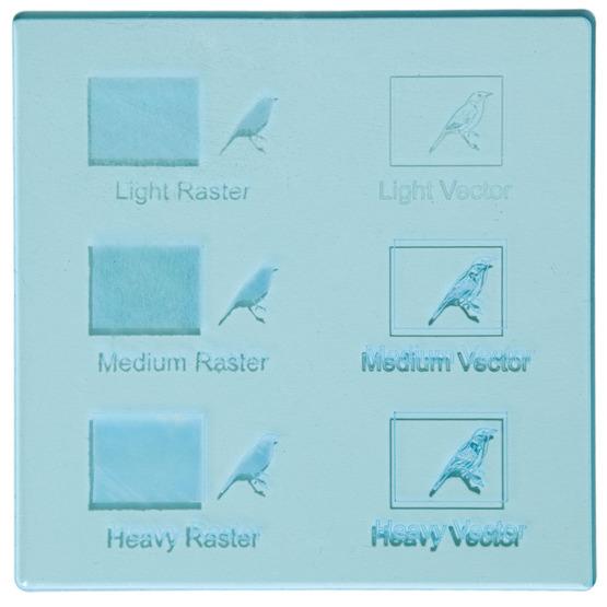 Exemple de gravure - Plexiglass transparent bleu clair pour découpe au laser