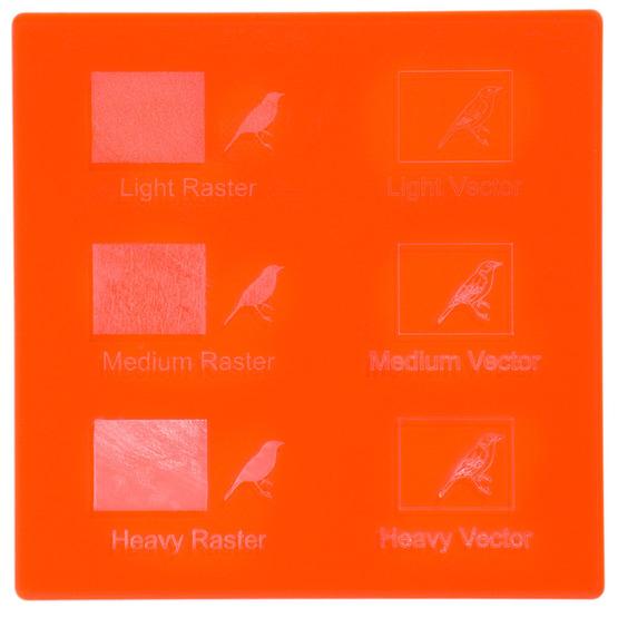 Exemple de gravure - Plexiglass rouge fluo pour la découpe au laser