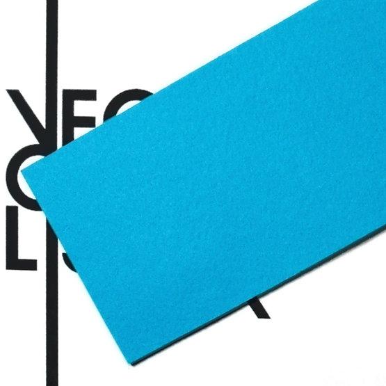 Surface - feutre bleu clair pour la découpe au laser