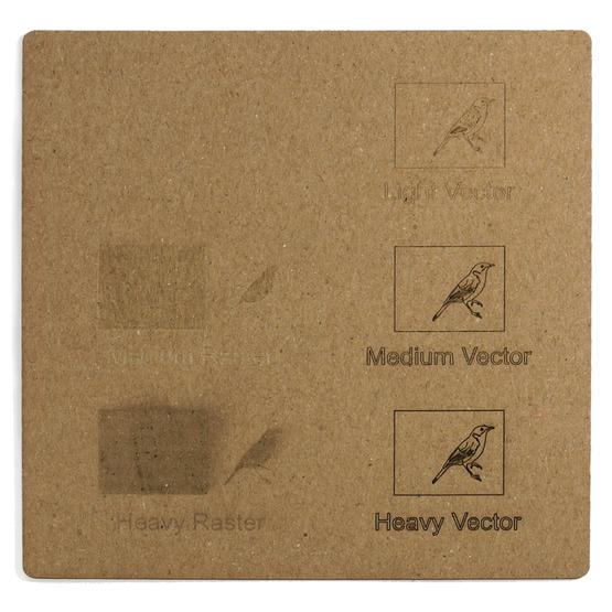 Esempio incisione - cartone microonda avana per il taglio laser