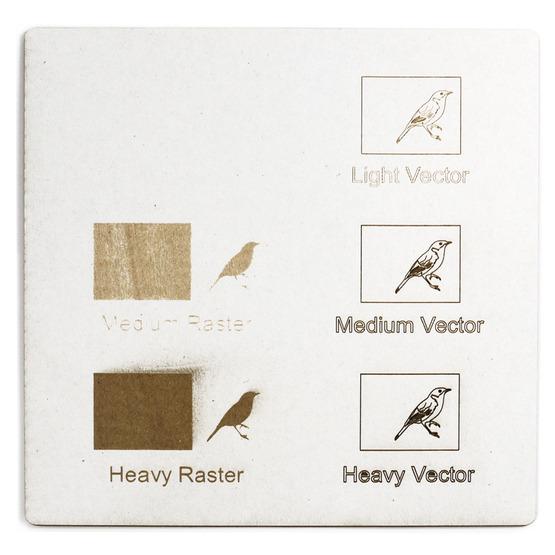 Exemple de gravure - carton à micro-ondes blanc pour découpe au laser