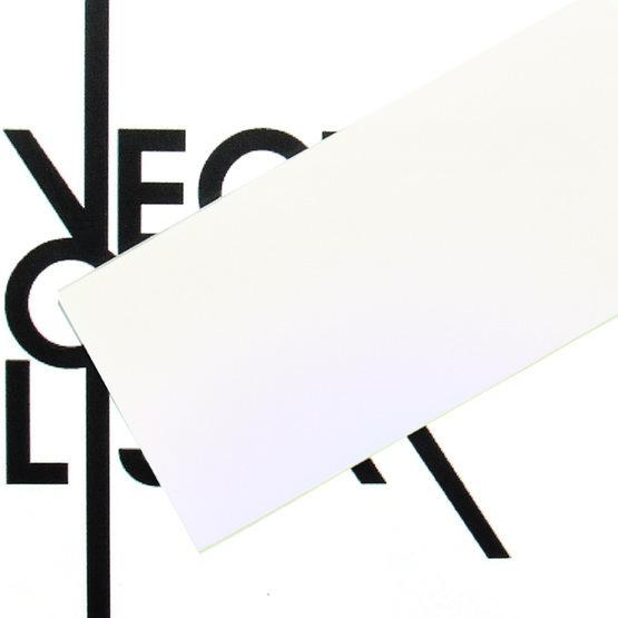 Surface - plexiglas bleu nacré pour la découpe au laser