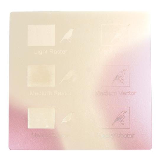 Exemple de gravure - Plexiglass rose perlé pour découpe au laser