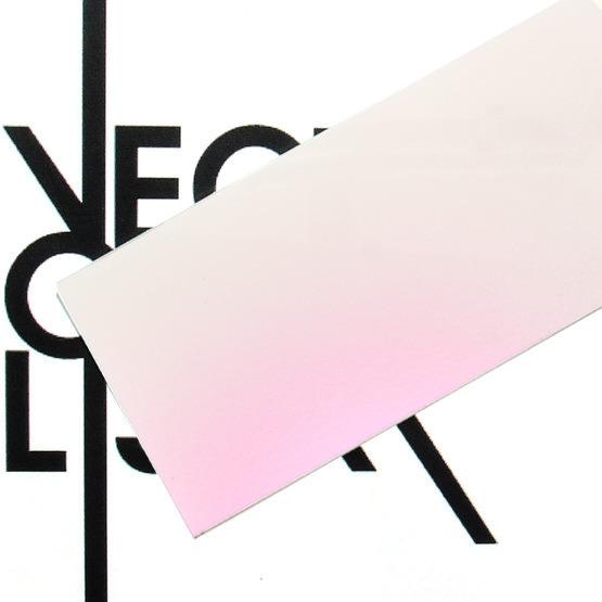 Superficie - plexiglass perlato rosa per il taglio laser