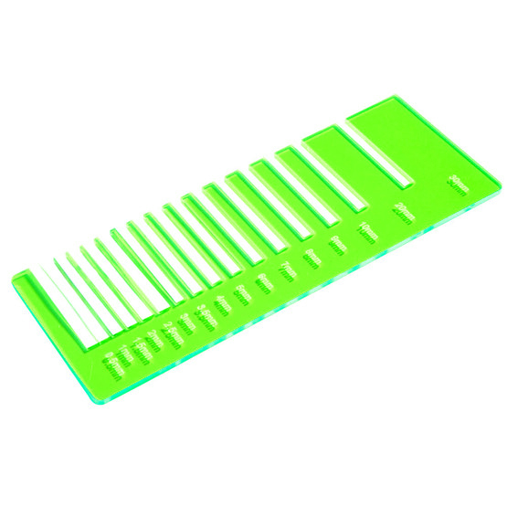 Fluo green Plexiglas - laser cutting precision test
