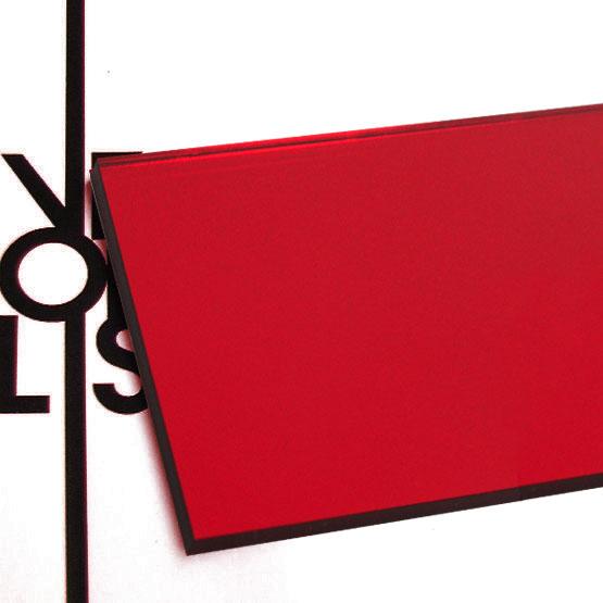 Miroir rouge en plexiglas - surface