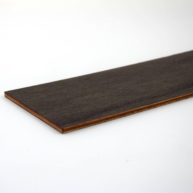 Compensato di pioppo verniciato nero - bordi tagliati al laser