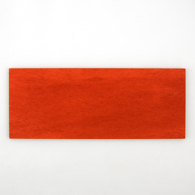 Échantillon de contreplaqué de peuplier peint en rouge