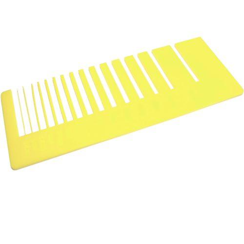 Test precisione- plexiglass giallo limone per il taglio laser