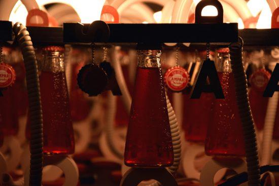 dettaglio lampade Campari Soda